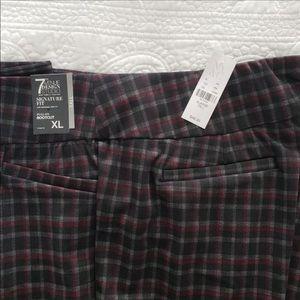 New York & Company Pants - NWT NY&CO Tall Pull-On Plaid Pant🌻